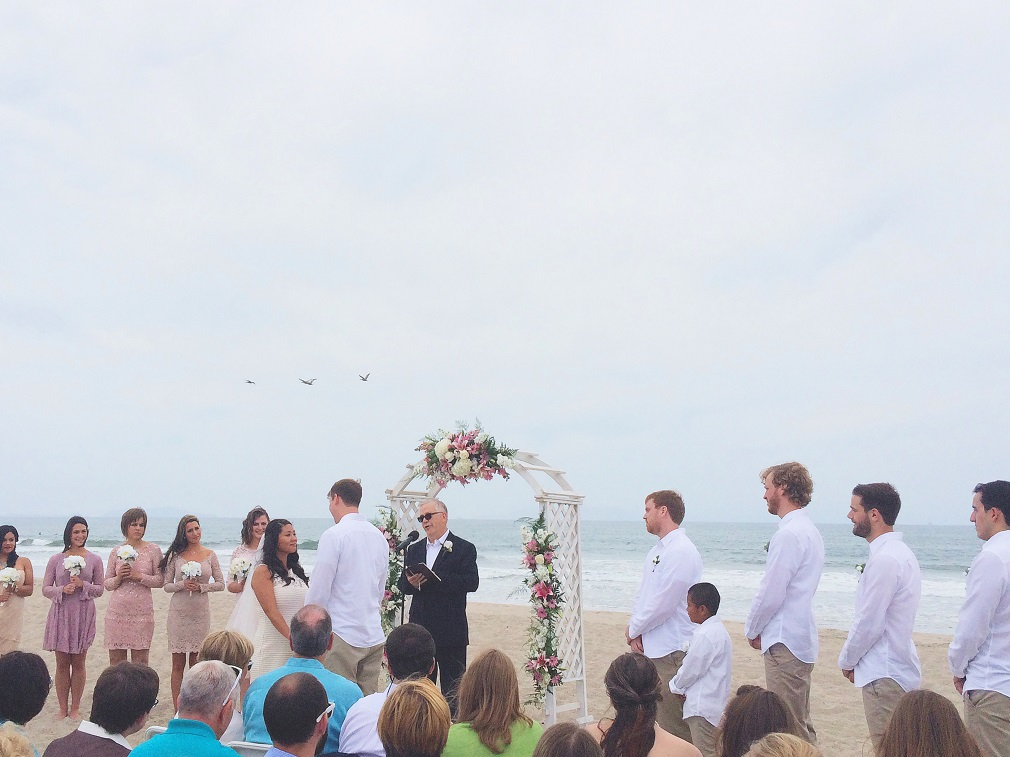 Wedding at Surfer's Knol